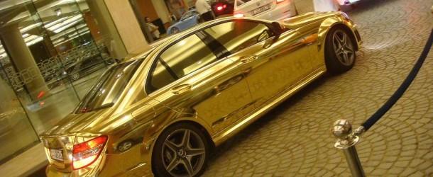 L'engouement pour les voitures en or massif